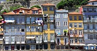 The Ribeira district is one of the most important places when it comes to knowing the historic center of Porto. As the name suggests, is the area on t...
