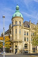 Historic building of the Hannoversche Bank, nowadays domicile of the Deutsche Bank, at the Georgsplatz Square in Hannover, Germany.