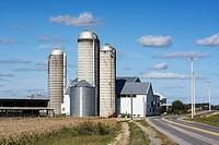 Farm, East Petersburg, Lancaster, Pennsylvania, USA.