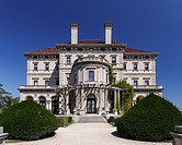 The Breakers, palatial mansion of Cornelius Vanderbilt and chief among the Newport Mansions in Newport, RI, USA.