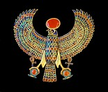 Pectoral jewel, Gold falcon, Tutankhamun´s treasure, Museum of Egyptian Antiquities, Cairo, Egypt, Africa.