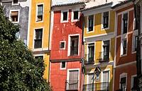 """Fachadas coloreadas en la calle Alfonso VIII - Cuenca â. """" Castilla La Mancha â. """" España - Europa."""