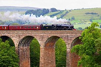 Settle to Carlisle Railway Line. Steam train The Sherwood Forester. Dry Beck Viaduct, Armathwaite, Eden Valley, Cumbria, England, United Kingdom, Euro...
