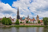 Historic waterfront of Ulm showing the Ulm Minster and the ancient city walls, Ulm, Germany.