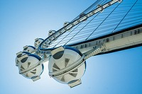 The 520-foot diameter High Roller is the world´s largest observation wheel and a dominant landmark in Las Vegas.