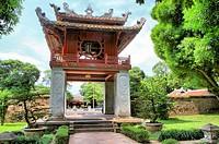 Constellation of Literature, The wooden circle represents the sun, Temple of Literature, Hanoi, Vielnam, Asia.