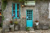Locronan, Labelled Les Plus Beaux Villages de France, The Most Beautiful Villages of France, Finisterre, Bretagne, Brittany, Chateulin distict, France...