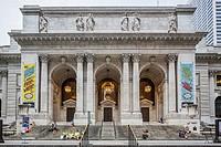 Midtown, the entrance of New York Public Library, Manhattan, New York City, New York, USA