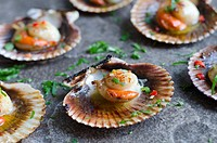 Scallops with chilli and garlic butter.