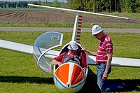 At the airfield of the Gifhorn Gliding Club, Wilsche, Gifhorn, Germany.