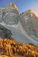 Pelmo, Pelmetto and La Fressura (Dolomites, Italy)
