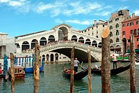 Venice, Veneto, Italy - September 5, 2016: Rialto Bridge at the Grand Canal of Venice in Italy - Caution: For the editorial use only. Not for advertis...