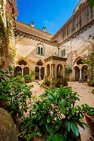 Villa Cimbrone is a historic building in Ravello, on the Amalfi coast of southern Italy. Dating from at least the 11th century AD, it is famous for it...