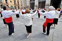 Sardanas, typical catalonian dance. Sant Agustí square. Ciutat vella district. Barcelona. Catalonia. Spain