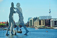Molecule Man is an aluminium sculpture, by Jonathan Borofsky, on Spree River. Berlin, Germany.