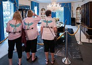 Tourists visiting Graceland, Memphis, Tennessee, USA.
