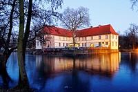 Germany, Herne, Ruhr area, Westphalia, North Rhine-Westphalia, NRW, Herne-Baukau, Castle Struenkede, moated castle, renaissance castle, Emscher Valley...