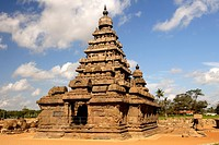 The Shore Temple, Mahabalipuram, UNESCO World Heritage Site, Near Chennai, Tamil Nadu state, India, Asia.