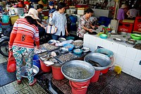 Seafood for sale, Cho Ben Thanh market, Ho Chi Minh City, Vietnam.