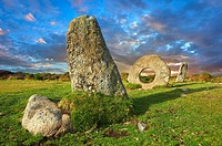 Mên-an-Tol or Men an Toll locally as the Crick Stone, late Neolithic or early Bronze Age standing stones, near the Madron, Penwith peninsula, Cornwall...