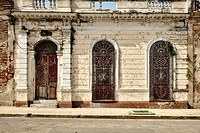 The colorful architecture of Cienfuegos streets.