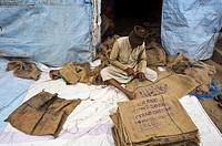 Recovery and repair of jute sacks ( Odisha state, India).