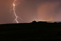 Tormenta en los alrrededores del Monumento Natural de los Barruecos de Cáceres, Extremadura, Caceres.