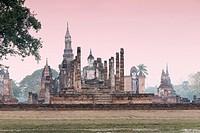 Wat Mahatat, Sukhothai historical park, Sukhothai, Thailand.