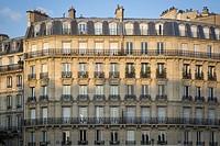 French architecture along River Seine, Paris, Ile-de-France, France.