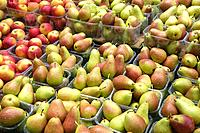 Pears and apples on sale.