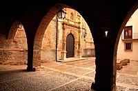 Door of the church of the Purificación, century XVII, in La Iglesiuela del Cid. Teruel.