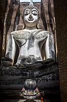 Wat Si Chum, in Sukhothai historical park, Sukhothai, Thailand.