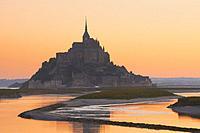 Mont St Michel, Sunset, Mont-Saint-Michel, Benedictine abbey, Pontorson, UNESCO, World Heritage Site, Manche, Normandy, France. .