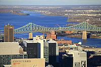 Canada, Quebec, Montreal, St Lawrence River, Jacques Cartier Bridge,.