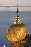 Kyaiktiyo Pagoda, Golden Rock, Myanmar, Asia.