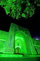 Uzbekistan, Bukhara, Nodir Devon Begi madrasah.