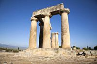Europe, Greece, Peloponnese, ancient Corinth, archaeological site, Temple of Apollo.