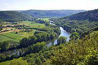 Europe, France, Quercy, Lot, view of the rural Lot Valley near St Martin Labouvel.
