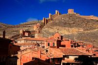 Village and wall in Albarracín. Teruel.