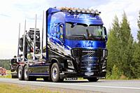 LEMPAALA, FINLAND - AUGUST 9, 2018: Volvo FH16 timber truck of T. Felle & Sonner Transport As from Norway in truck convoy to Power Truck Show 2018. Cr...