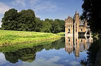 Wissekerke castle is a moated castle in the village Bazel in the Belgium province East Flanders.