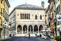 Looking at the Loggia del Lionello in the Piazza della Liberta in Udine, Italy.