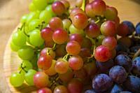 Three colors grapes.
