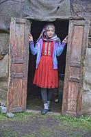 Traditional Kyrgyz nomadic life, Alay, Kygyzstan.