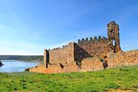 Ruins of the castle of Castrotorafe. Fontanillas de Castro. Zamora province. Castilla y Leon. Spain