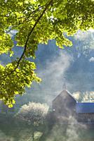 USA, New England, Vermont, South Pomfret, farm in autumn.
