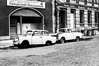 Karl Marx Stadt, East Germany. Abandoned and partly demolished Trabi´s, parked alongside a road in the former DDR town of Karl Marx Stadt, now Chemnit...