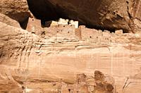 White House Ruin, Canyon de Chelly National Monument, Arizona USA.