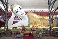 Chaukhtatgyi Paya, lying Buddha, Yangon, Myanmar, Asia.