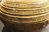 large earthnware jar decorated with intrincate patterns. 12th Century, Malaga Museum, Spain.